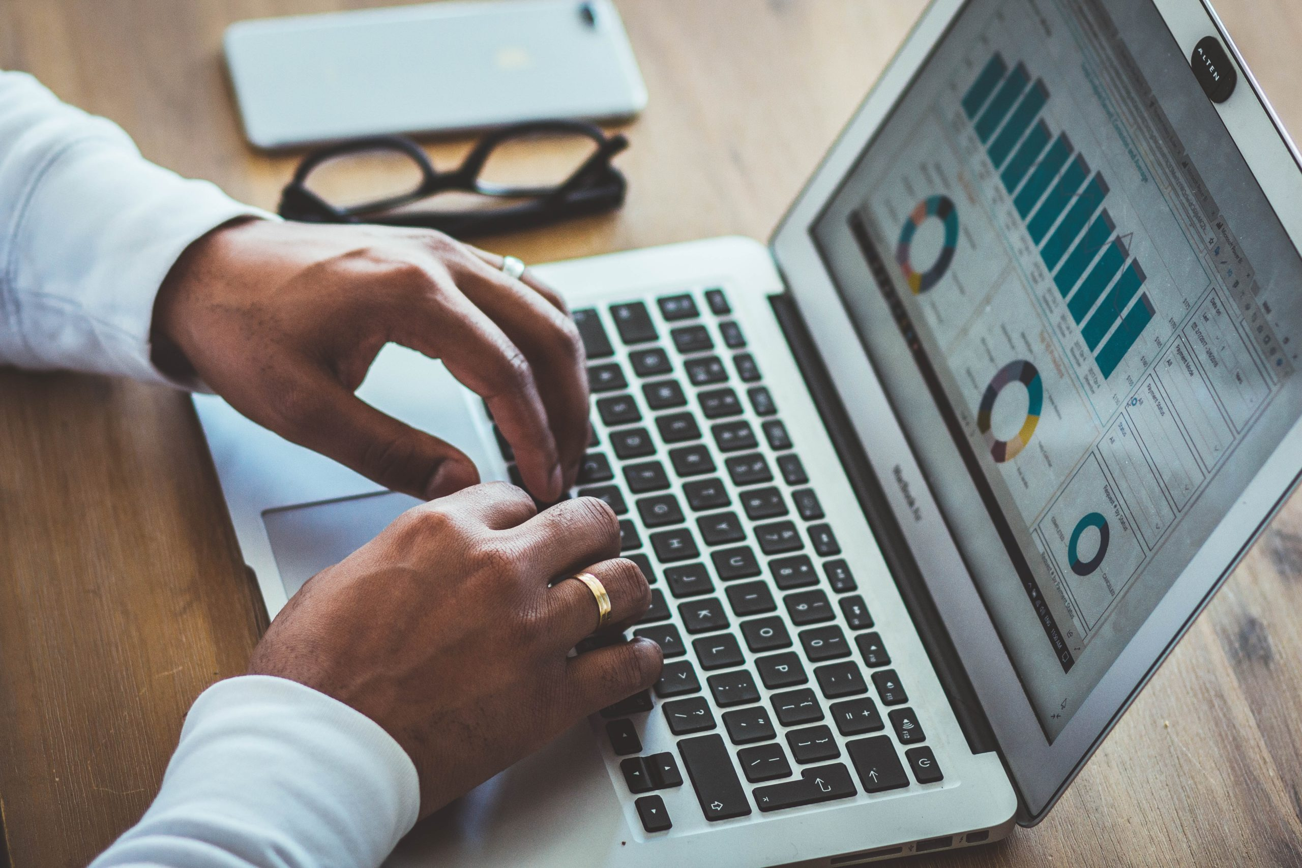 revenue management hotel attraverso statistiche e report che aiutano a comprenderne l'andamento delle prenotazioni