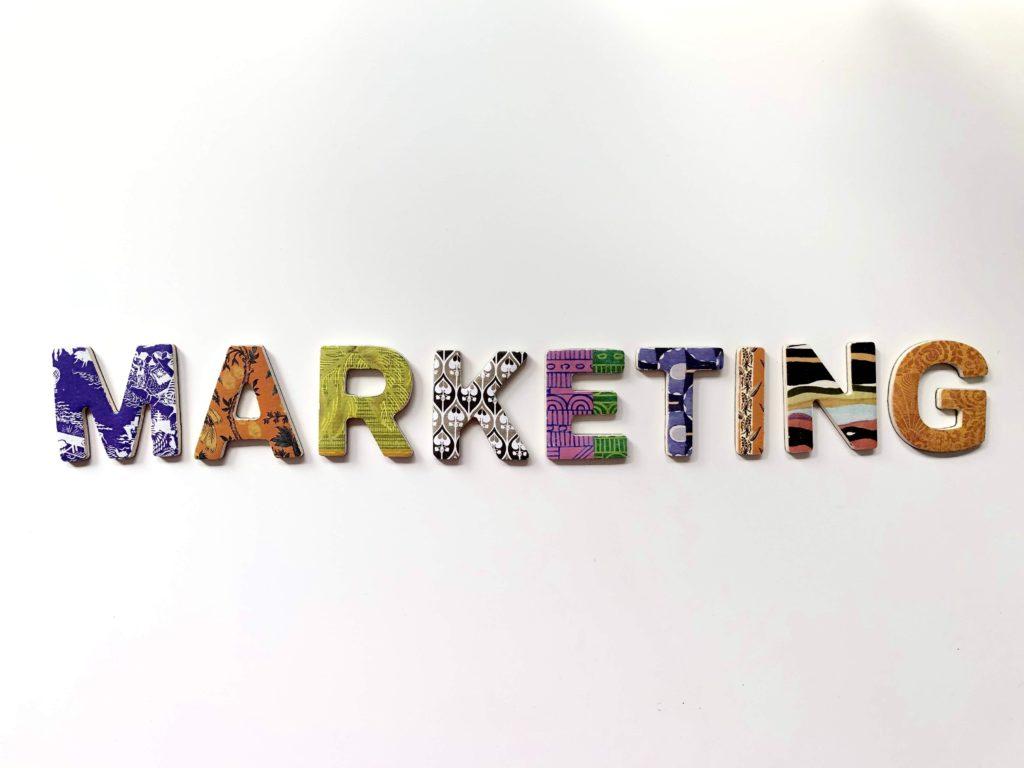 marketing vs selling